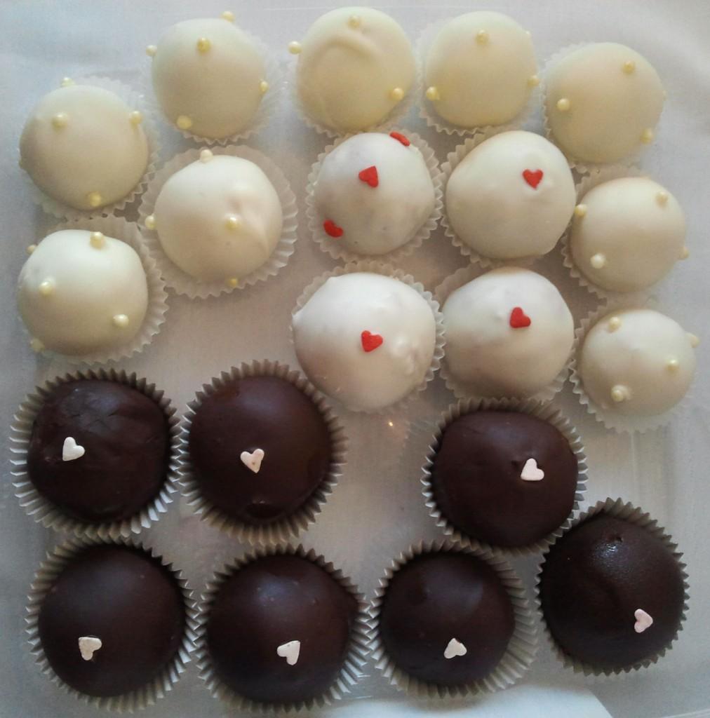 Cake Balls $39 dozen (3.25 ea)