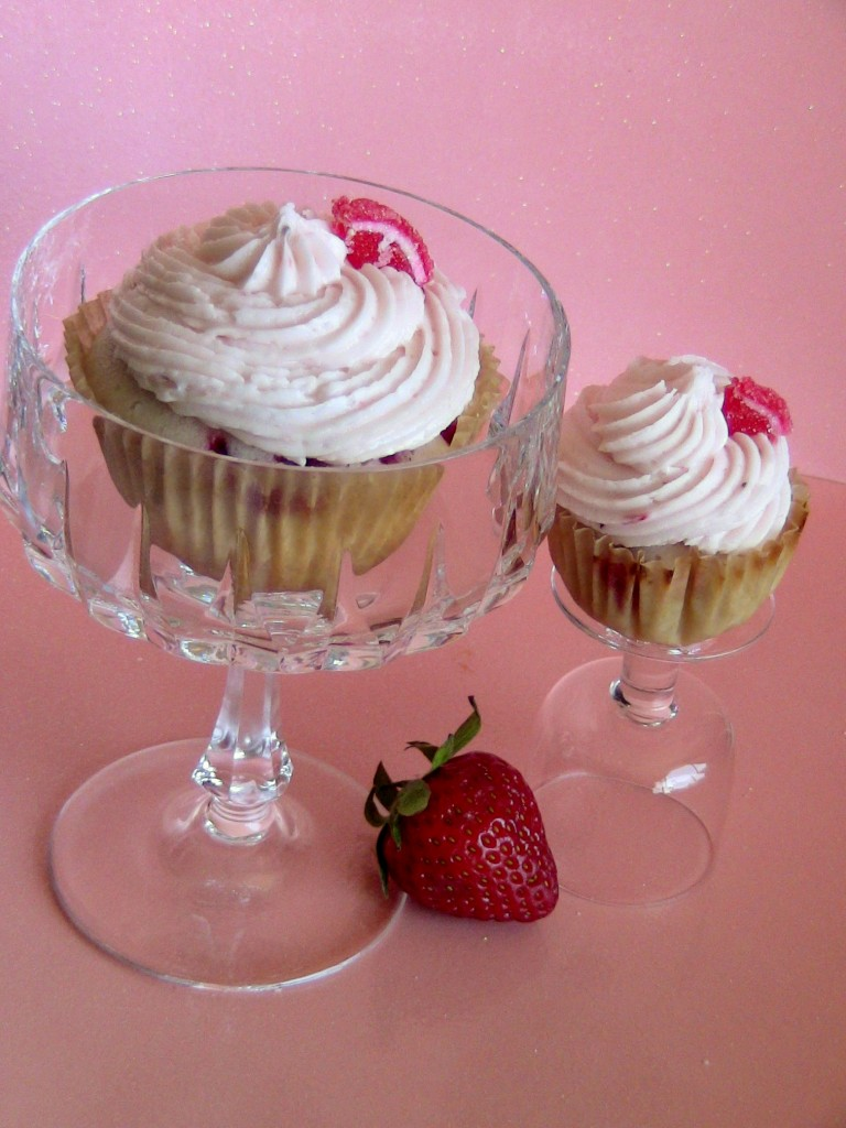 Strawberries and Champagne Cupcakes